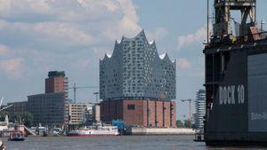 Hamburgs neues Wahrzeichen: die Elbphilharmonie (Foto: Werner Pluta/Golem.de), Elbphilharmonie