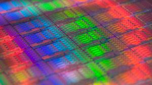 Ein Wafer mit CPU-Dies (Bild: Intel), Halbleiterfertigung