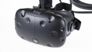 Das Head-mounted Display Vive soll HTC den Erfolg zurückbringen. (Bild: Martin Wolf/Golem.de), HTC