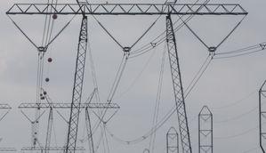 Strommasten (Symbolbild) (Bild: Werner Pluta/Golem.de), Elektrischer Strom