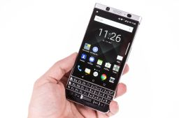 Das Blackberry Keyone wird von TCL gefertigt., TCL