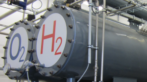 Eine Wasserstoff-Elektrolyseanlage in Prenzlau bei Berlin., Woher kommt der Wasserstoff?