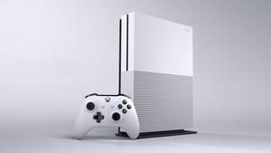 Xbox One S (Bild: Microsoft), Xbox One S